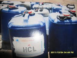 HCl tersusun dari dua unsur dengan keelektronegatifan yang berbeda H dan Cl
